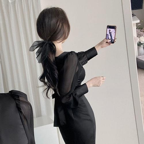 Black Square Neck Puff See-through Satin Mermaid Dress