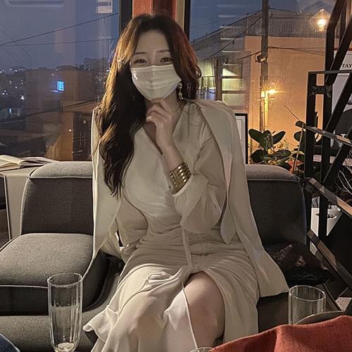 Kanadaran Goddess White Drape Shirring Dress