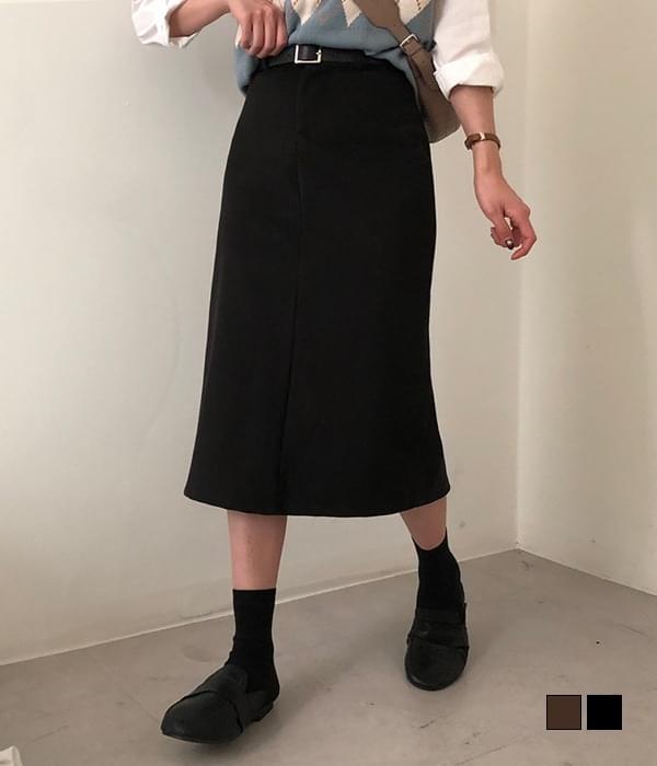 Nine wool long skirt