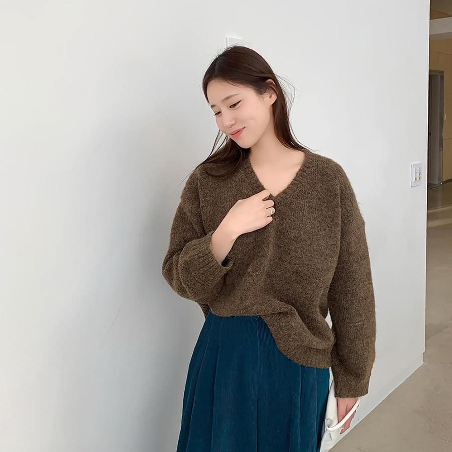Adele V Neck Knit