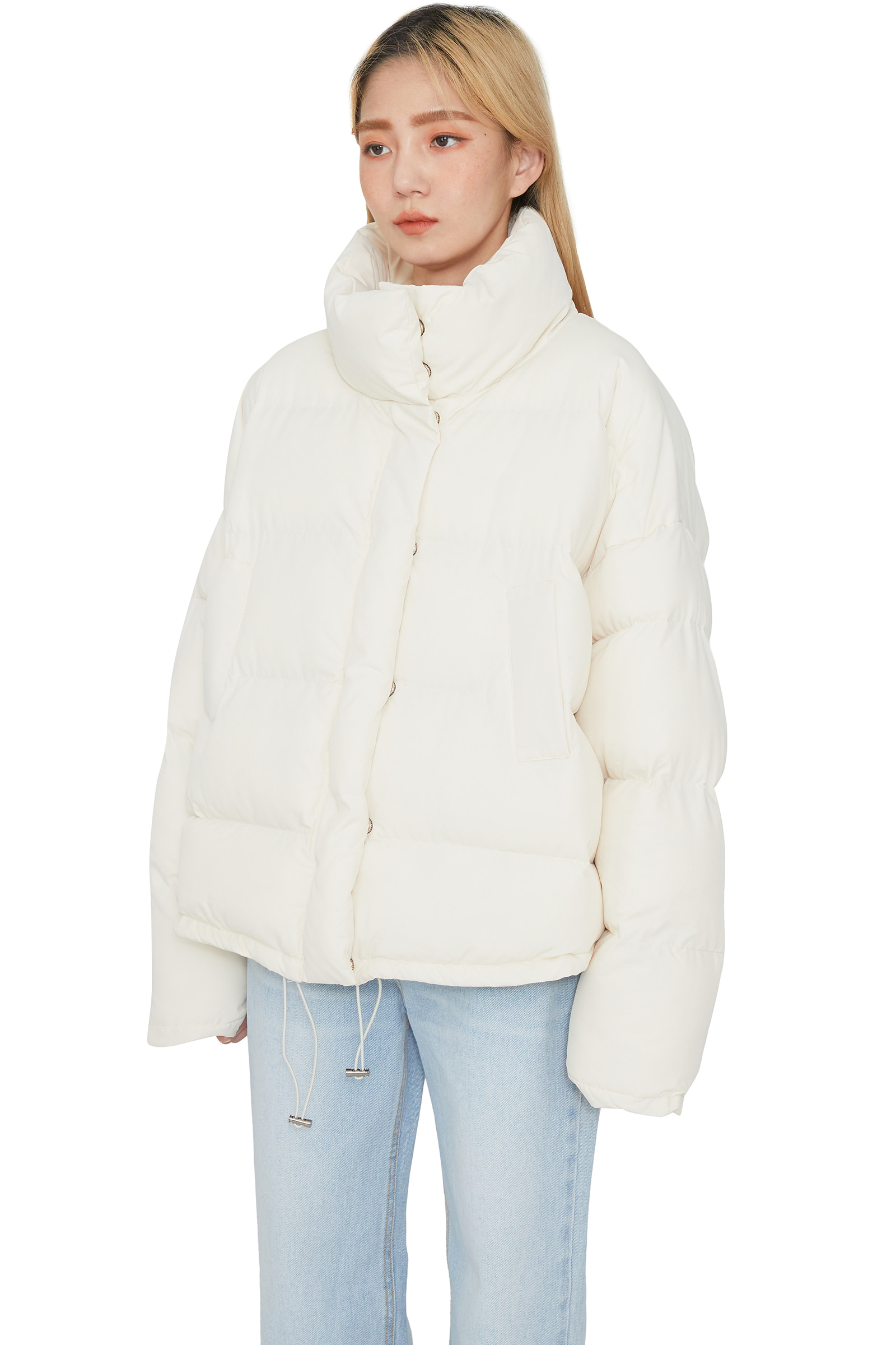 Moment and short padded coat