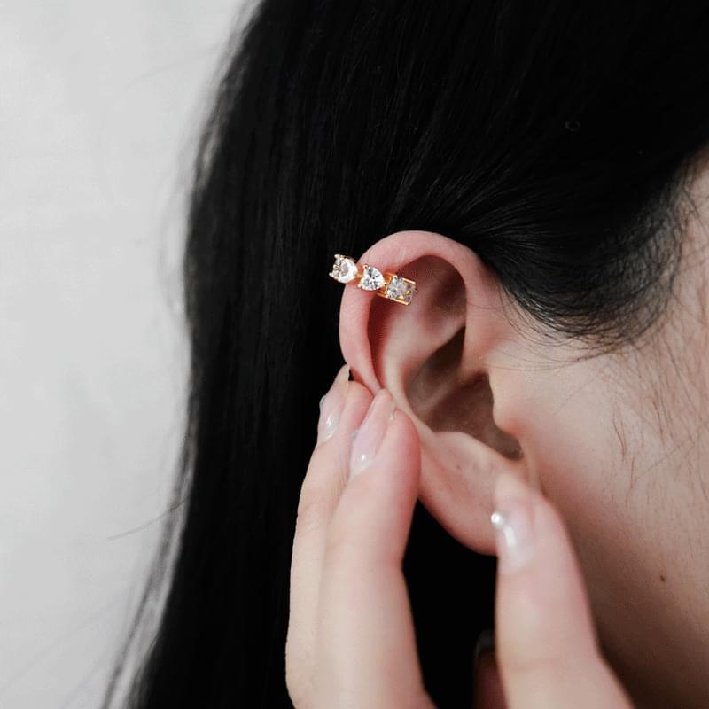 韓國空運 - Triangular cubic earcuffs 耳環