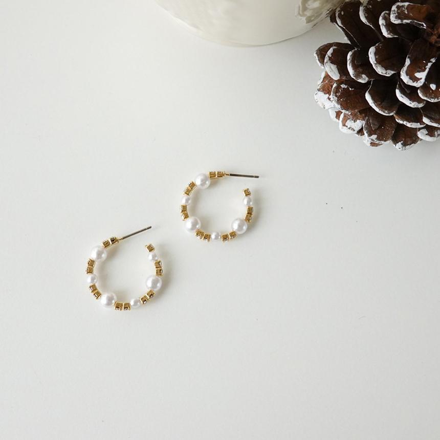 Line pearl nickel-free needle earrings