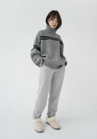 fluffy jogger training pants