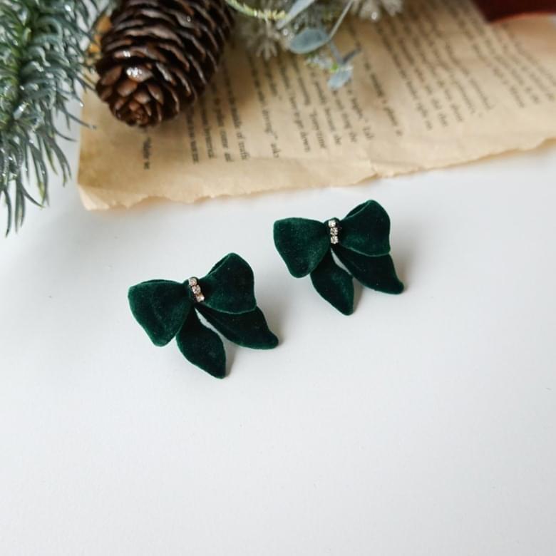 Lulua velvet ribbon silver needle earrings