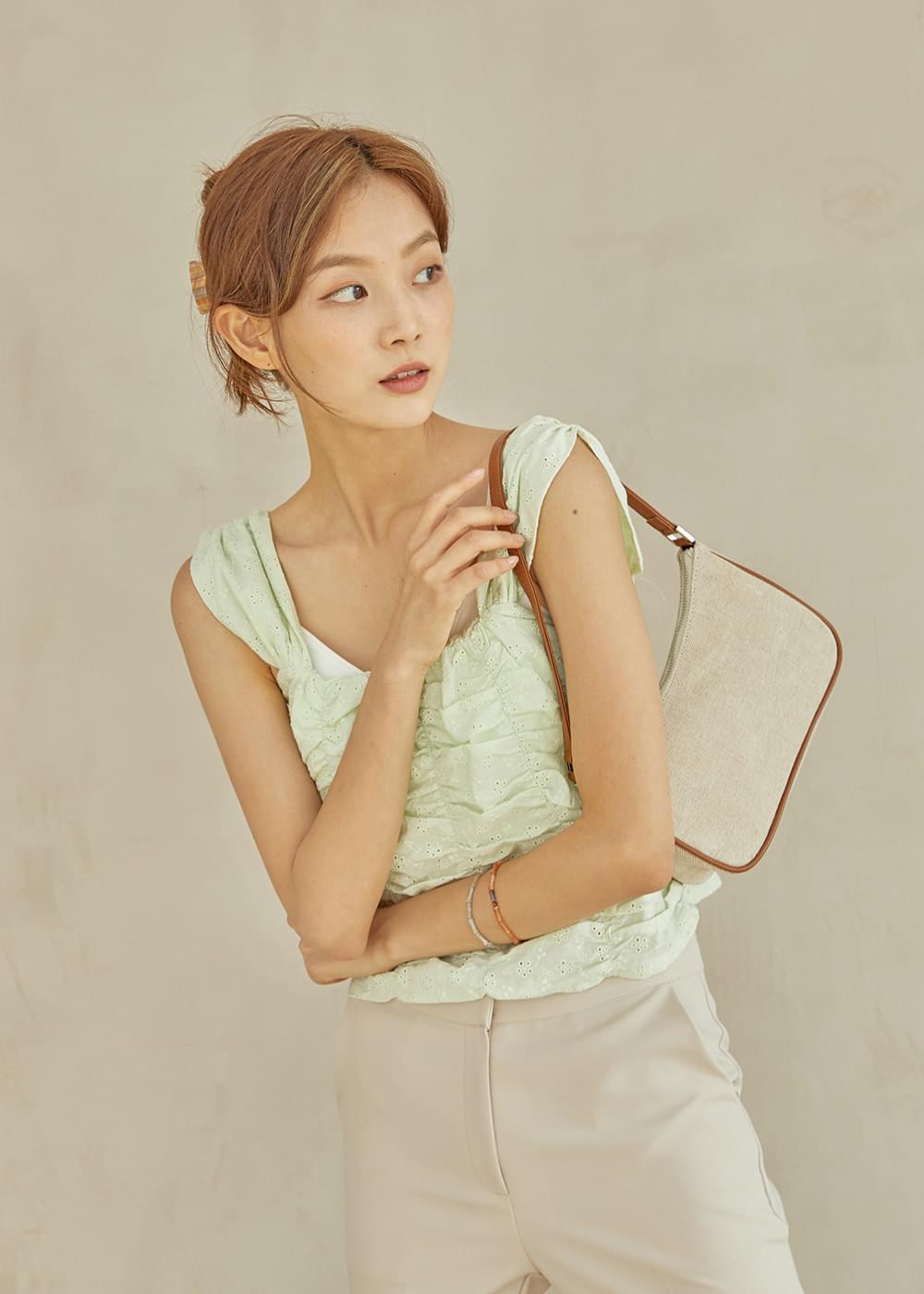Luna Shirring Sleeveless