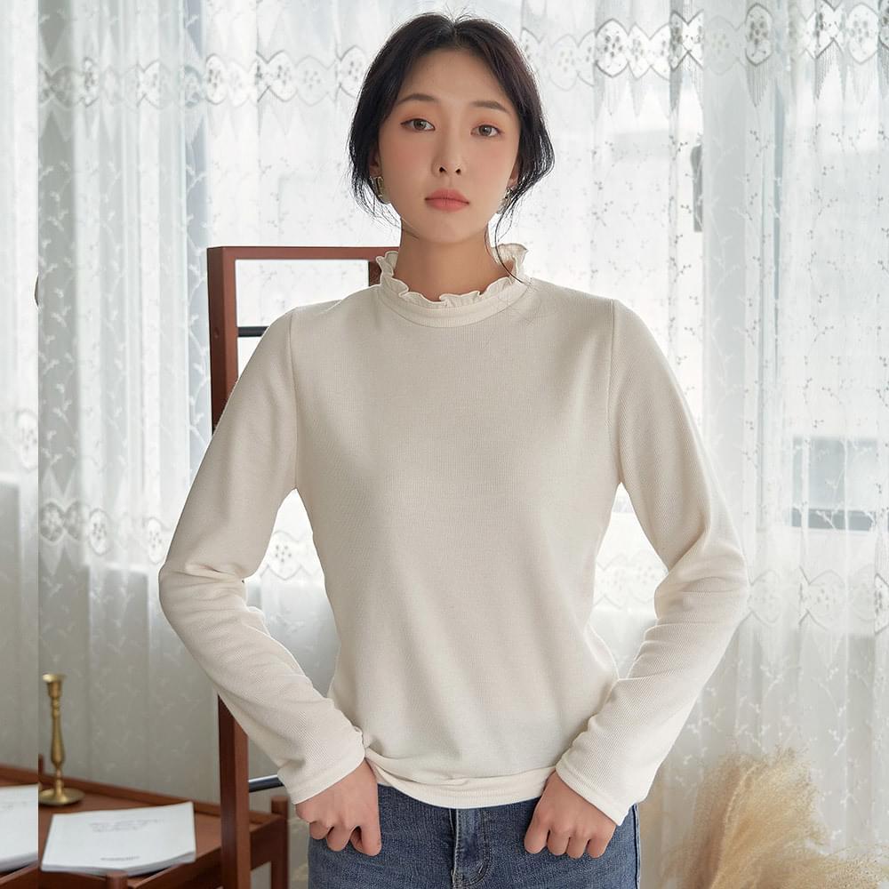 Frill half-high neck T-shirt