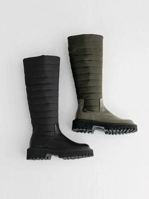 Slim Fit Padded Long Boots 4cm