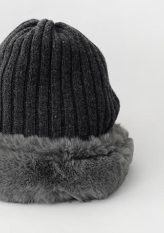 fur knit bucket hat
