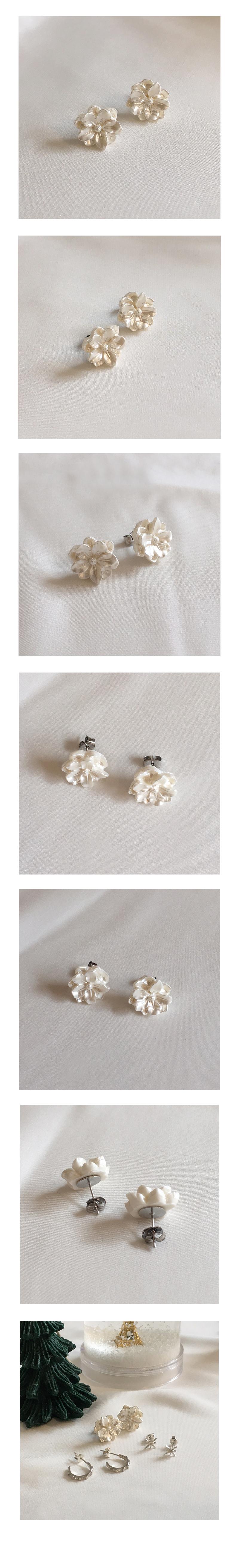 white snow earring