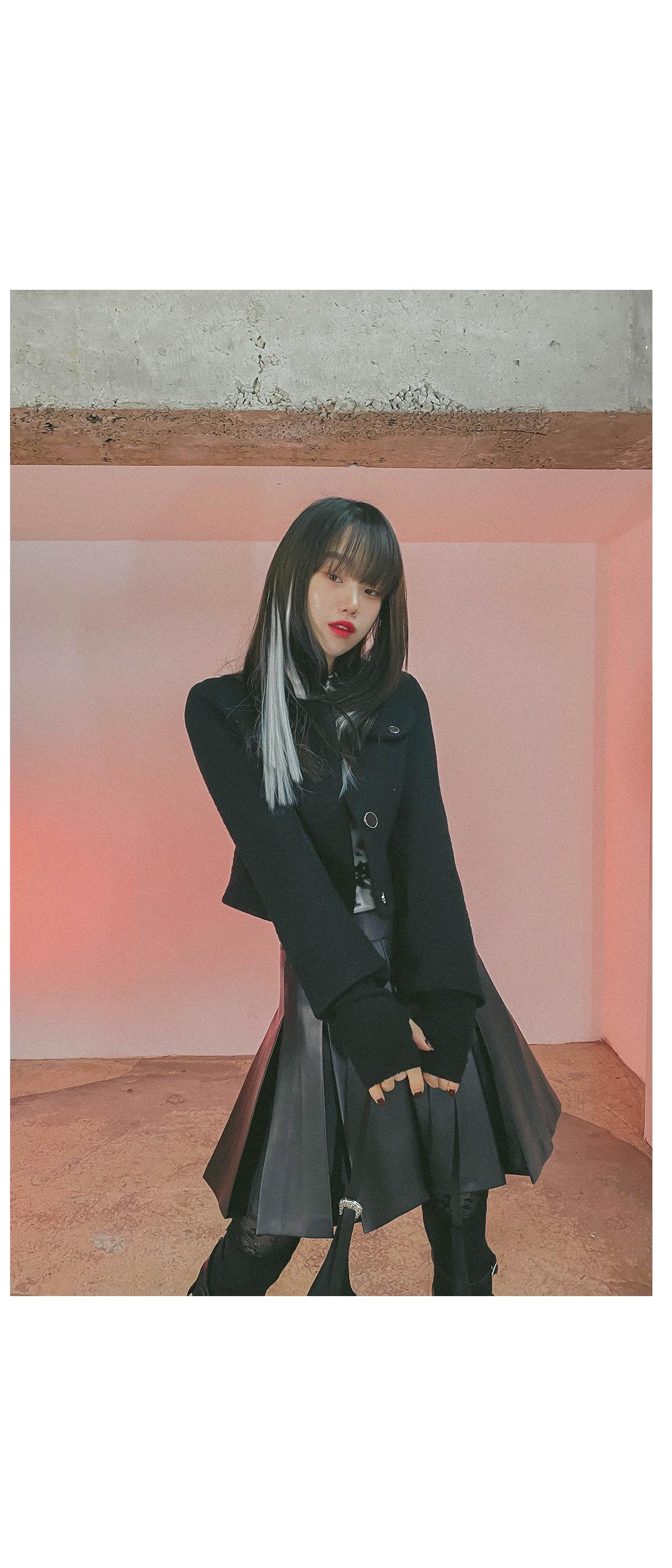 Pure cropped jacket & mini skirt