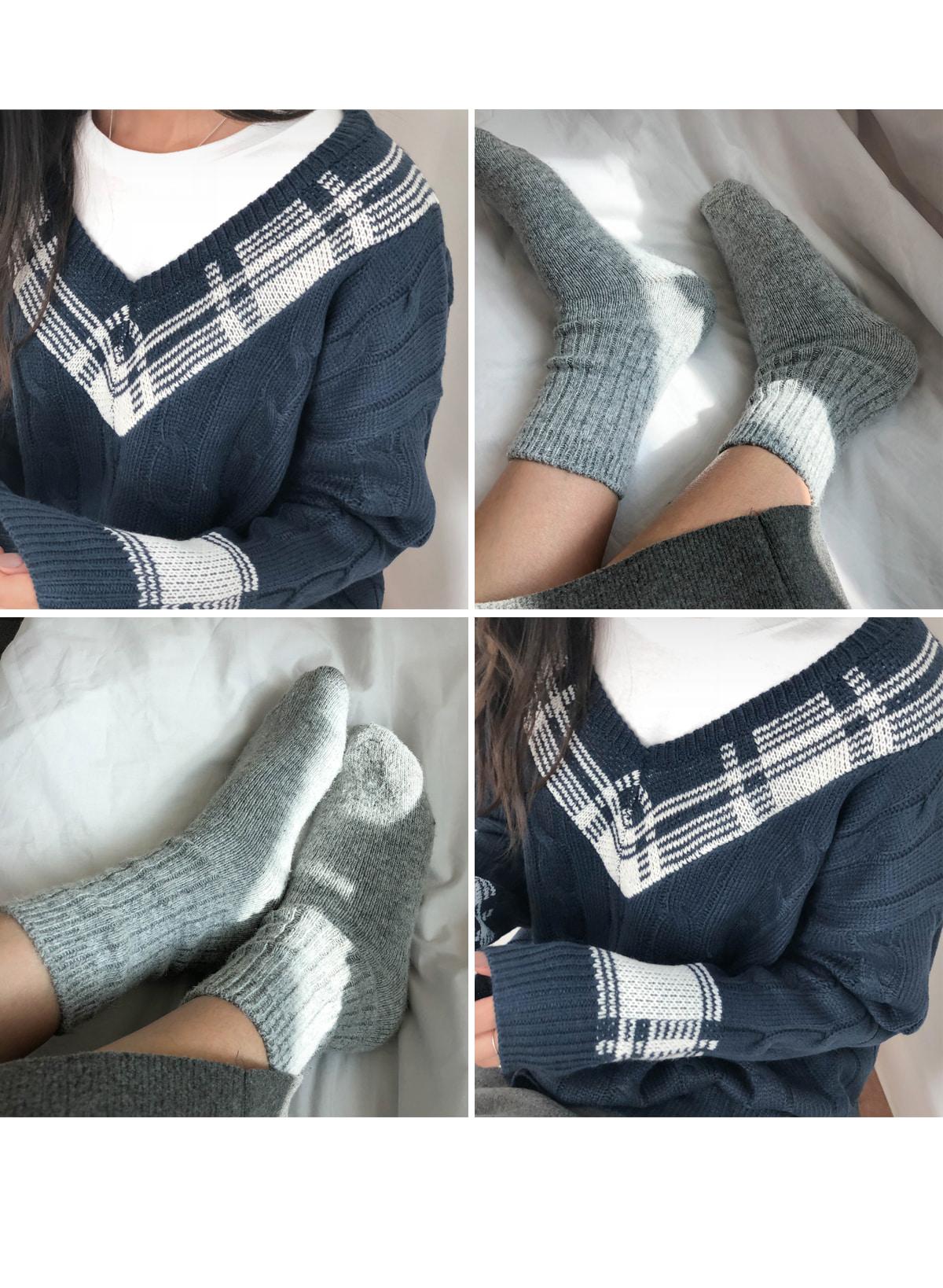 Check Twisted Latte V Neck Knit