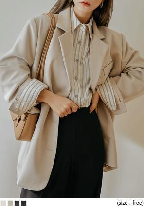 寬鬆中長版素面西裝外套
