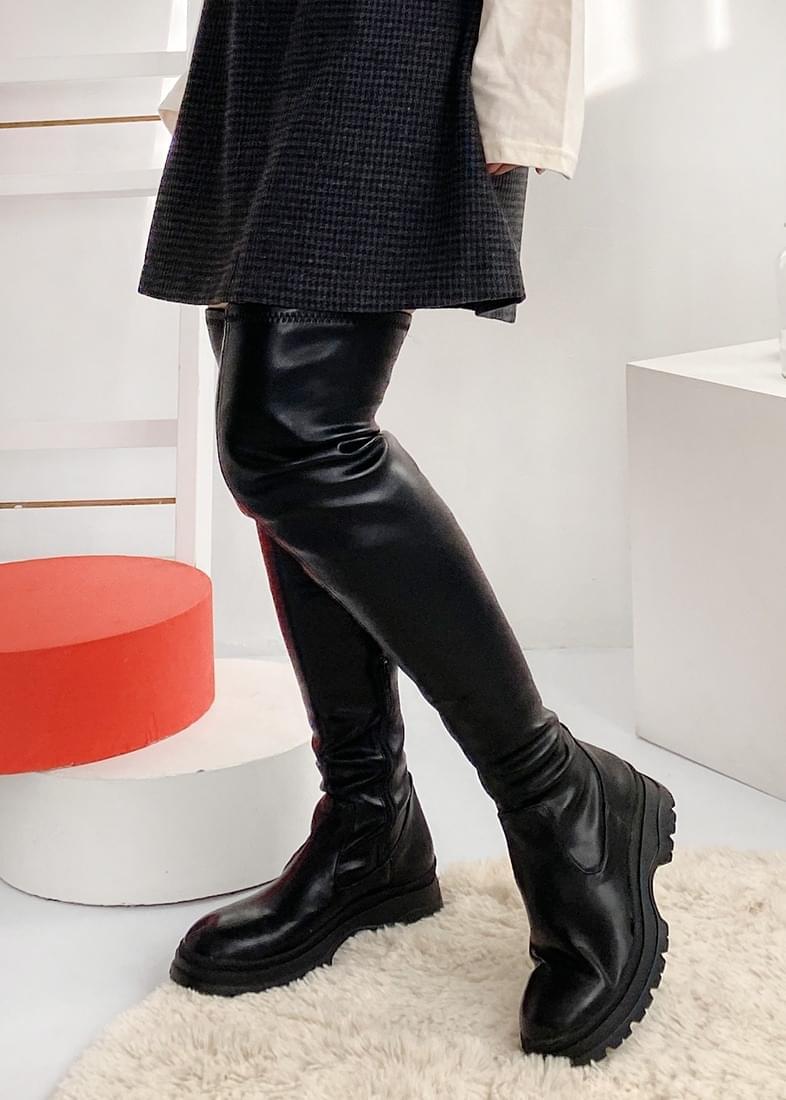 Technical slim long boots