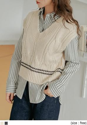 混羊毛V領麻花針織背心