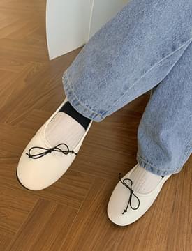 Slim Ribbon Banding Flat Shoes 平底鞋