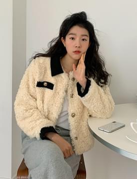 Custard mini fur jacket 夾克外套