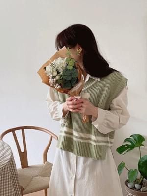 韓國空運 - Hachi V Neck Knit 針織衫