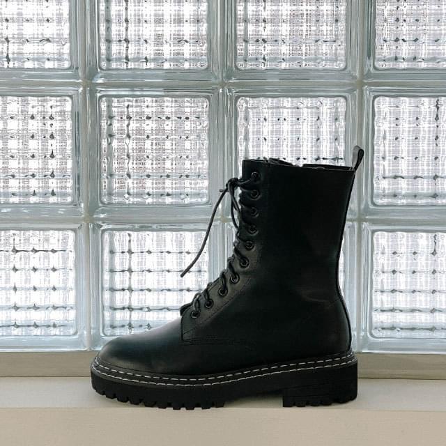 Bain stitch walker boots
