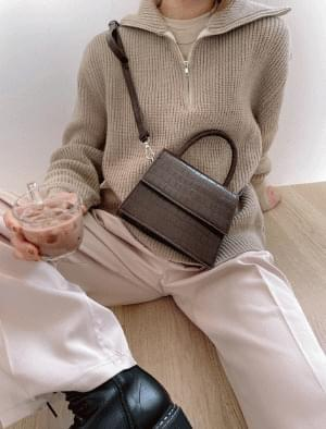 Fringed crocodile pattern crossbody bag ショルダーバッグ