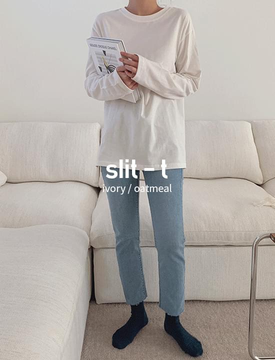 Normal split T-shirt