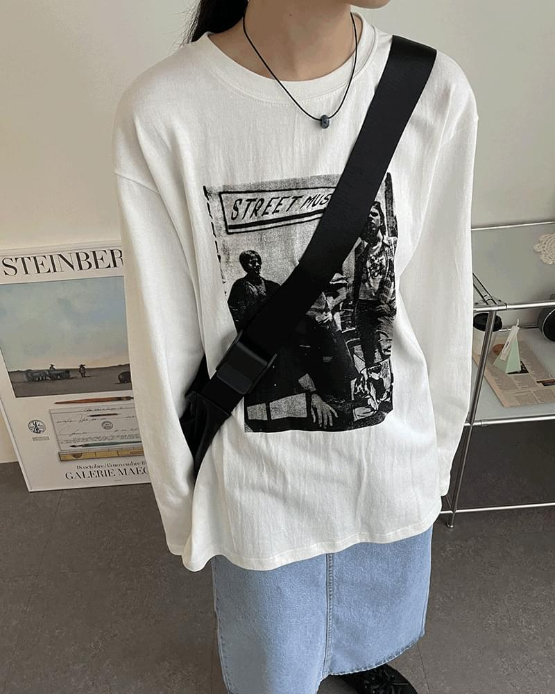 Hans loose fit printing box T-shirt 長袖上衣