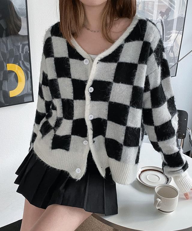 Tarawa Wool Check Knitwear Cardigan
