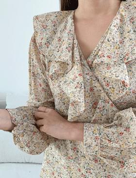 Mello flower mini wrap ops ♥ lovely frill detail :)