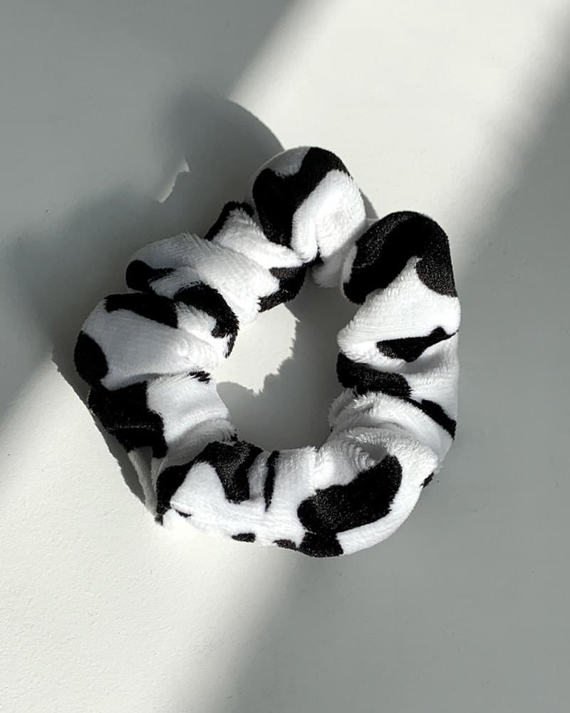 Fu Ying cow fur giblets hair band 配飾