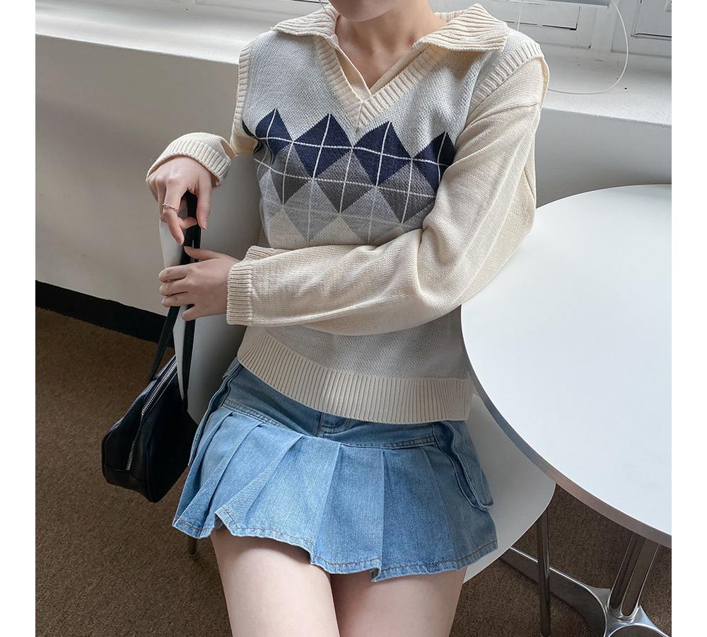 Elbourne V Collar Crop Knitwear
