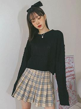 Cable Lea Crop Knitwear ニット