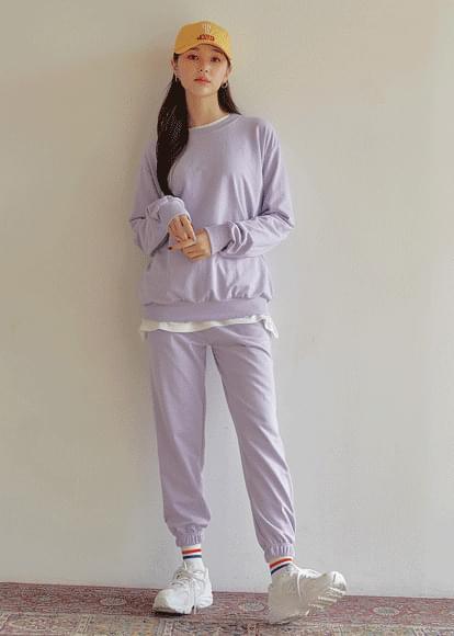Easy Sweatshirt& Jogger Pants Set