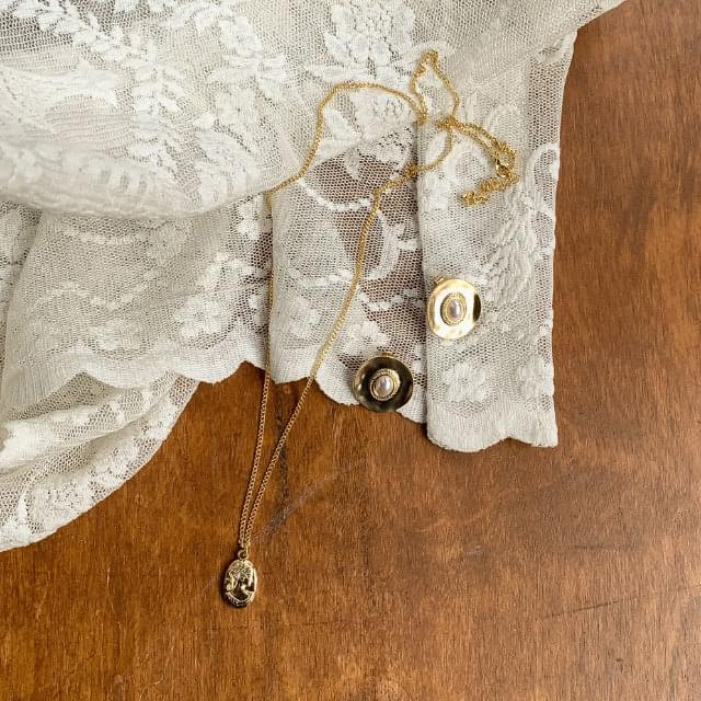Vintage Pendant Gold Chain Necklace ネックレス