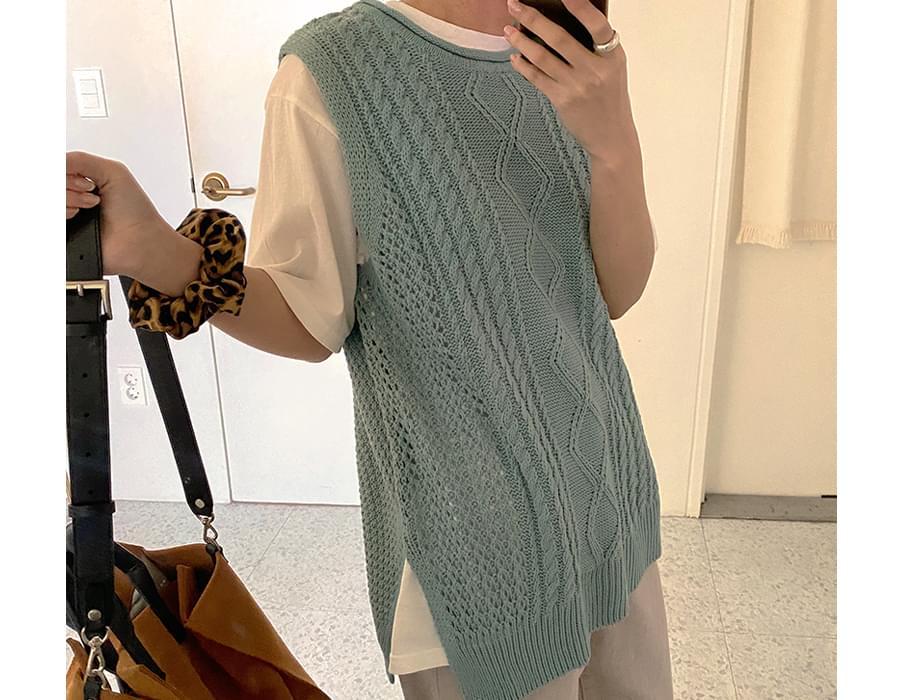 Made_top-073_twist knit vest