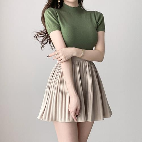 Banding pleated pleated mini skirt 2color