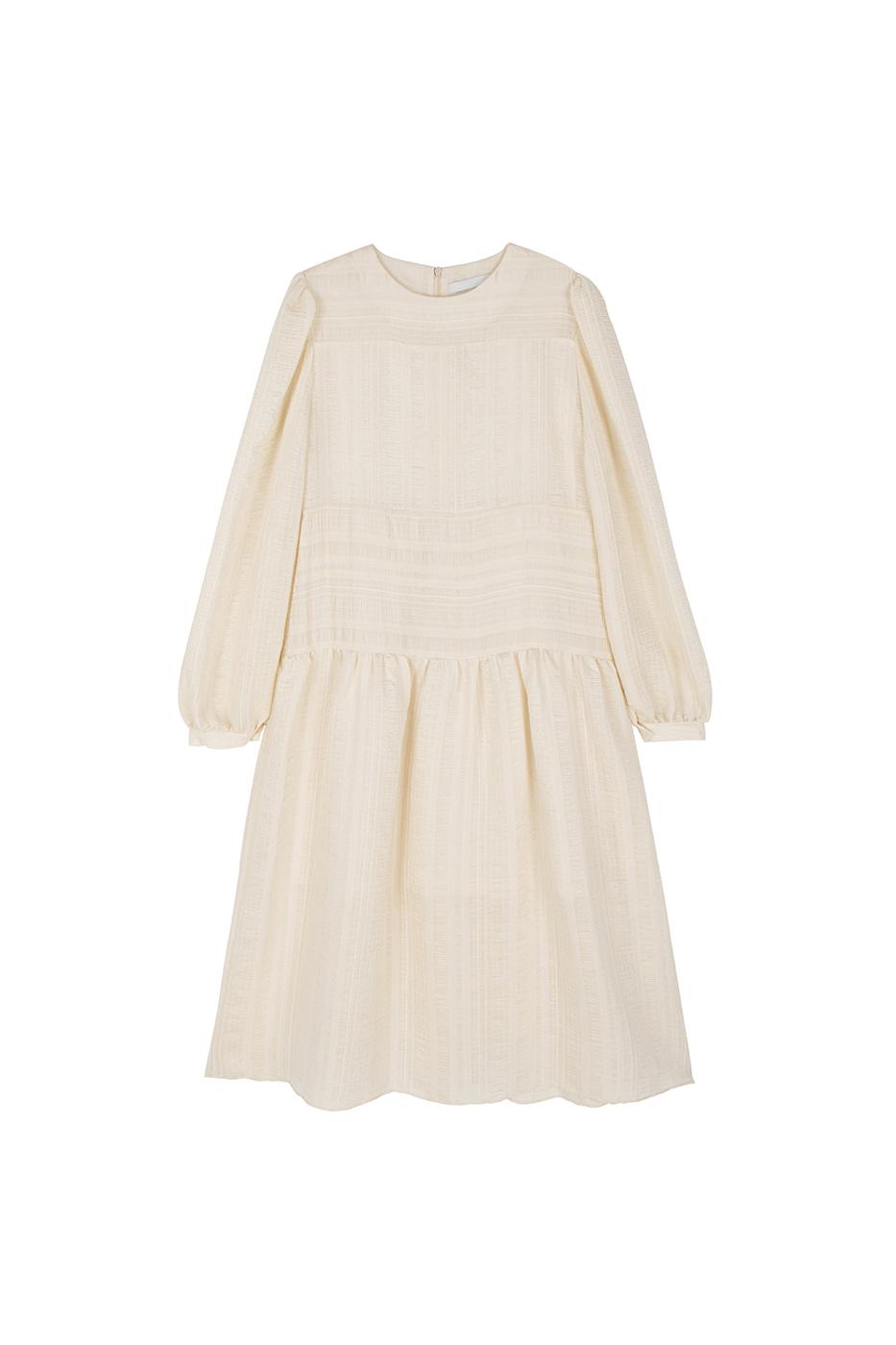 Lovely puff midi dress