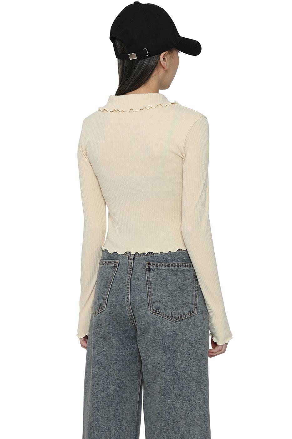 Rolling collar zip-up casual top