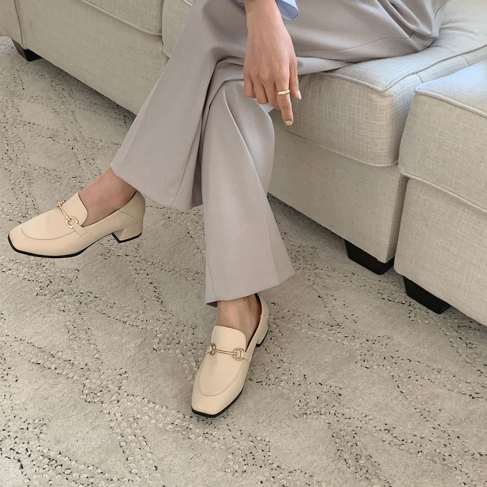 Helena Gold Chain Middle Heel Loafers 5cm