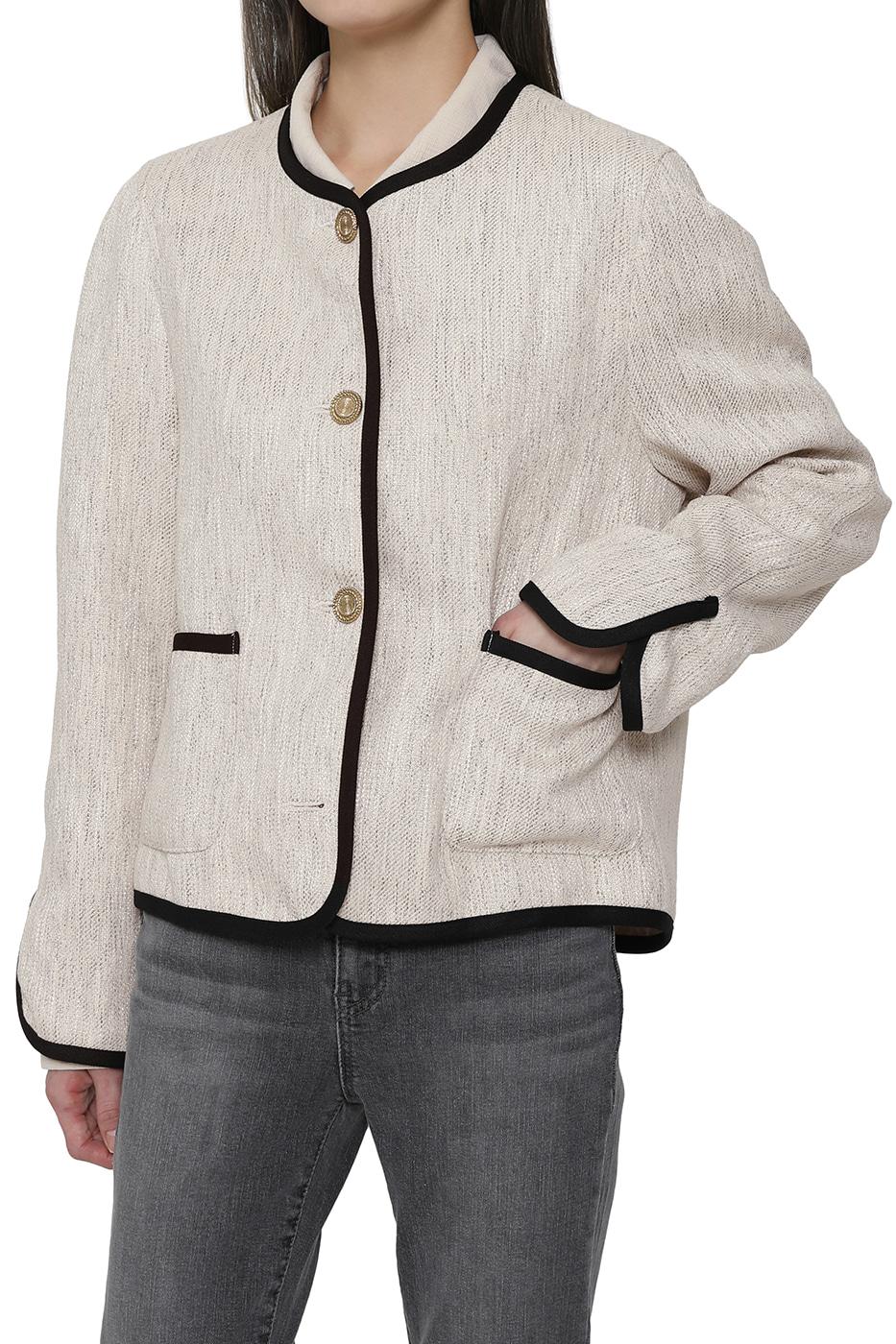 Margaret taping jacket