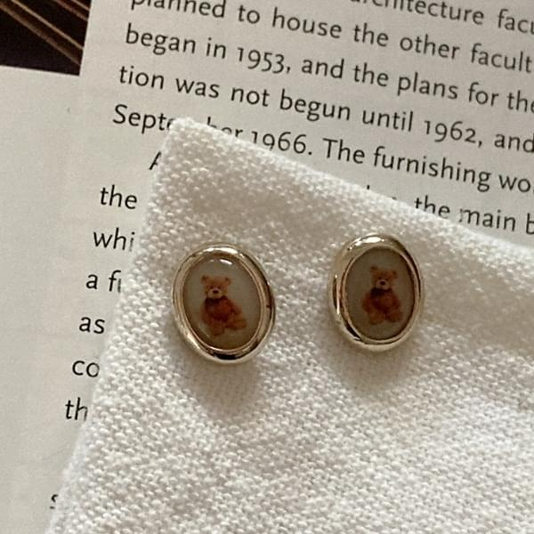 Shape bear earrings