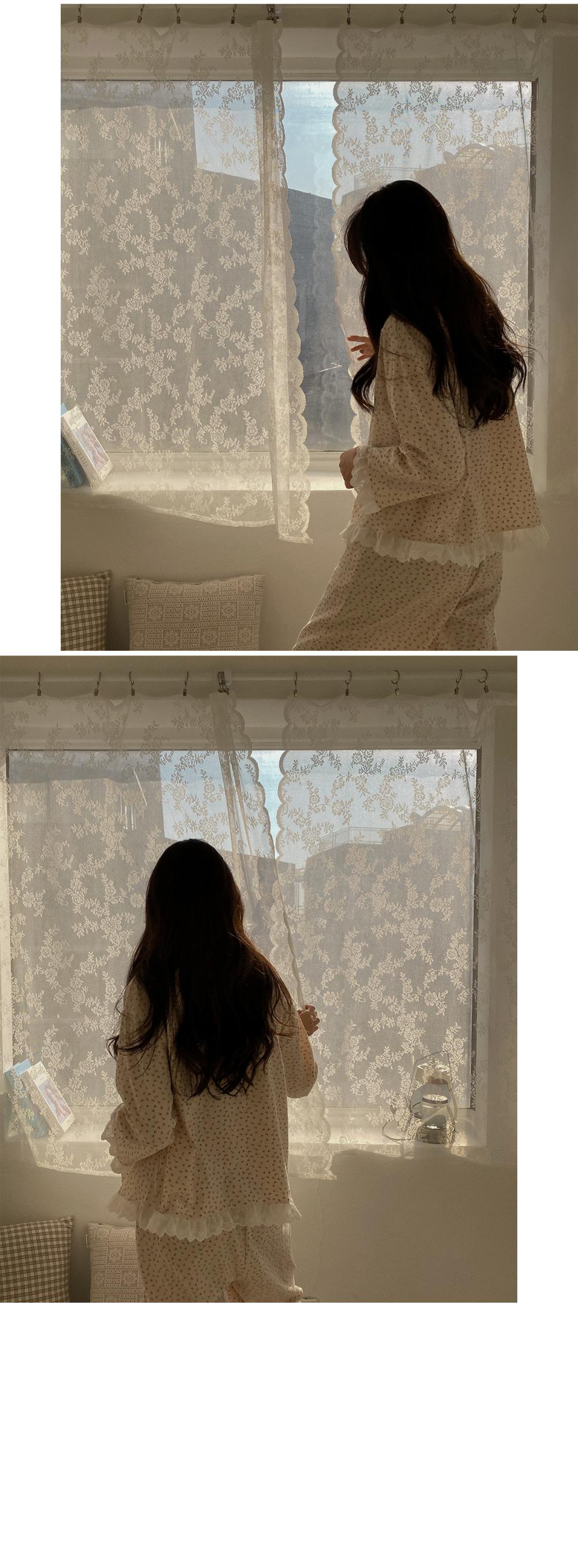 Dali Lace Flower Pajama-set