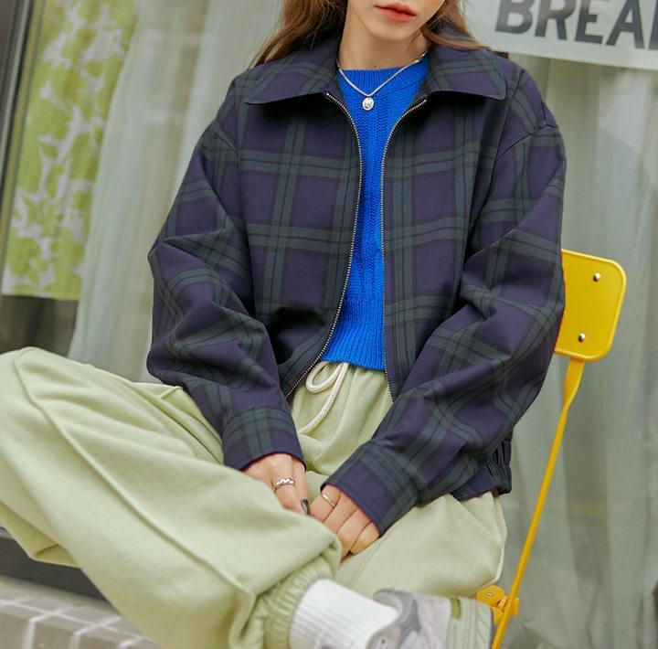 Collared Zip-Up Jacket