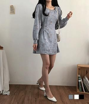 Subtle lily of the valley square neck mini Dress 短裙
