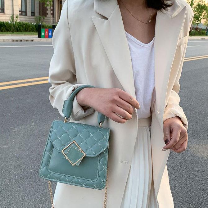 Mini square pattern gold chain crossbody bag