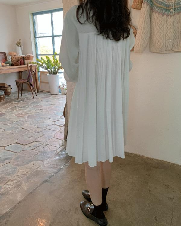 Coz Pleated Mini Chiffon Dress