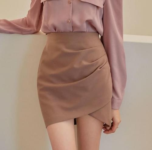 Ruched Side Mini Skirt