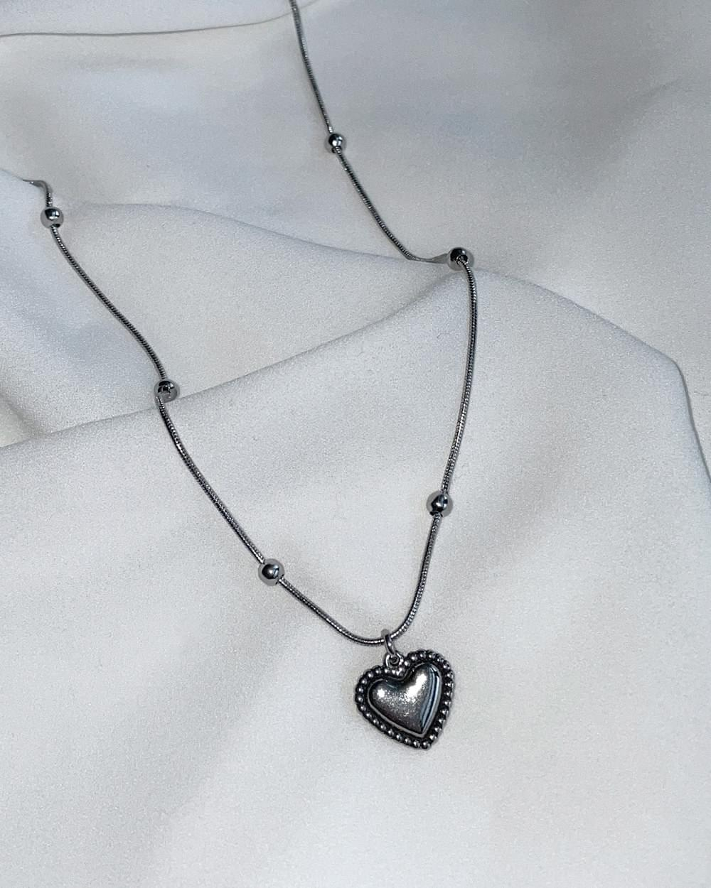 Hone Vintage Silver Heart Ball Chain Necklace