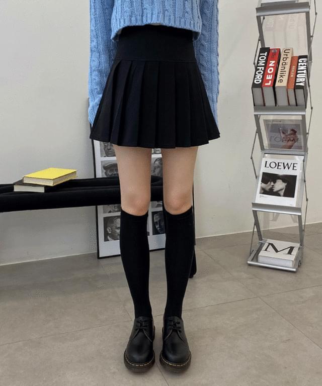 아반느 반 플리츠 미니 스커트