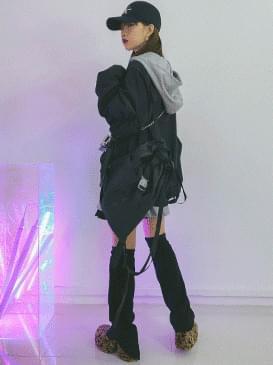 Paper Shoulder & Backpack