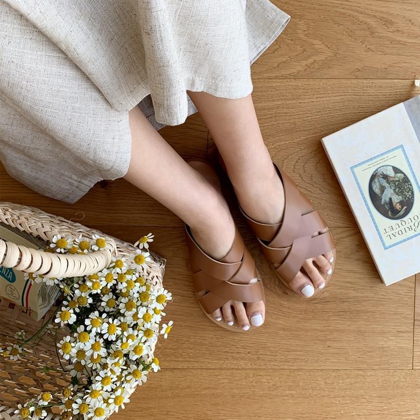 Comb Slick Shoes